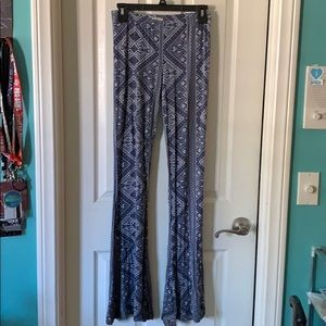 volcom stretchy pants with flare size M